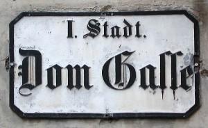 mozart figarohaus street sign