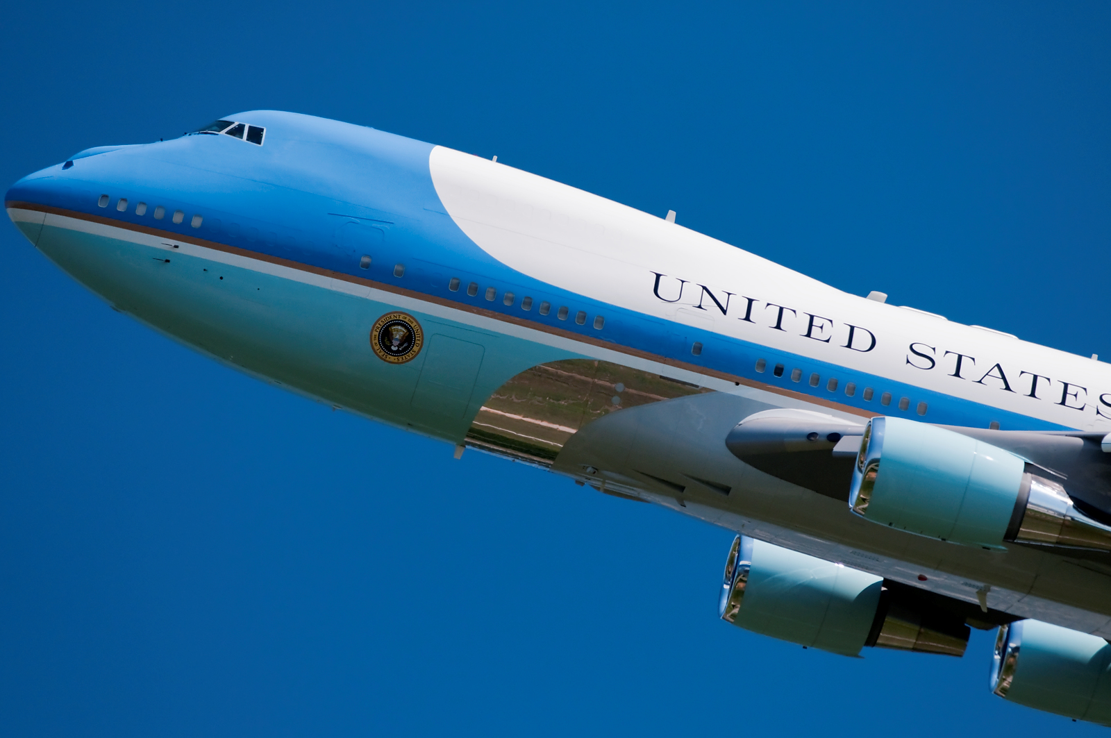 Air Force One Comes to Town - In Mozart's Footsteps ...