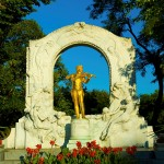 Golden Statue of Johann Strauss in Vienna's Stadtpark